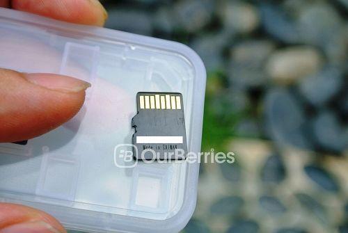 Memento Standard Premium MicroSD Back
