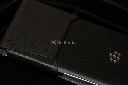 BlackBerry Passport Leather Swivel Holster Bottom with back of phone