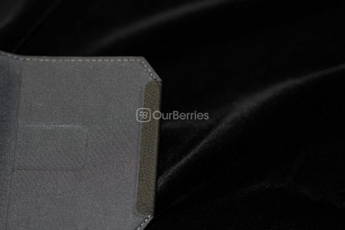 BlackBerry Passport Leather Swivel Holster Top Flap Close up