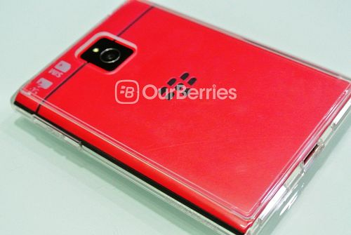 BlackBerry Passport Red in the Ringke Case
