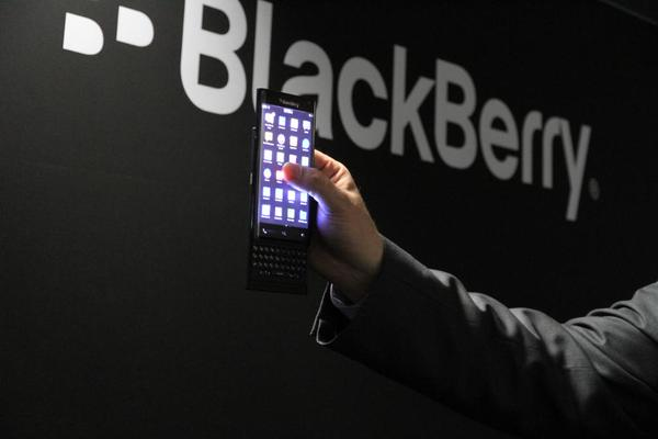 BlackBerry10 Slider Credits: @BlackBerry