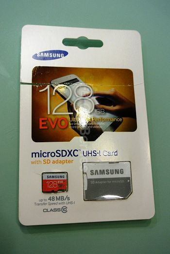 Samsung Evo MicroSD (128GB) Retail Front