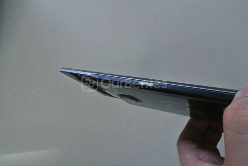 BlackBerry Priv left side lock button