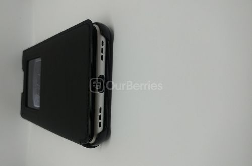 Bottom look of the BlackBerry KEYone Official Flip Cover