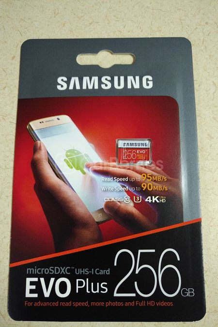 Samsung EVO Plus Evo+ 256GB retail packaging front