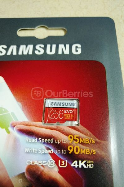 Samsung EVO Plus Evo+ 256GB retail packaging front zoomed